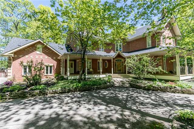 Detached at 16 Edgecombe Terr, Springwater, Ontario. Image 14