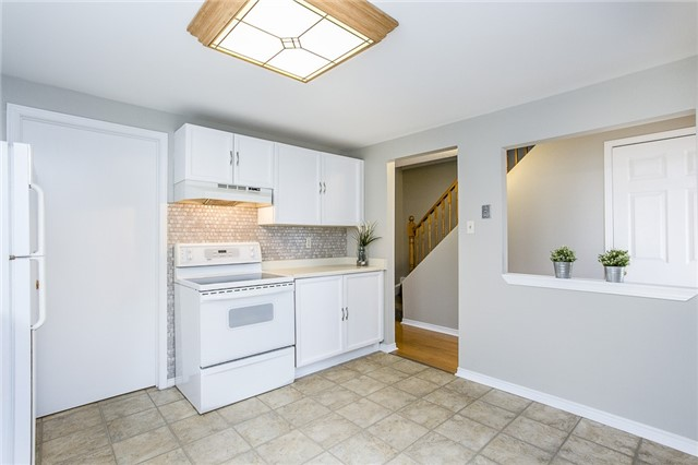 Detached at 55 Browning Tr, Barrie, Ontario. Image 10