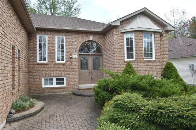 Detached at 26 Bush Cres, Wasaga Beach, Ontario. Image 7