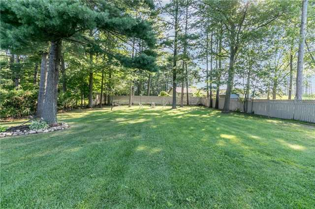 Detached at 3535 Pinegrove Rd, Springwater, Ontario. Image 7