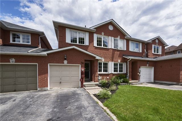 Townhouse at 98 Bruce Cres, Barrie, Ontario. Image 1