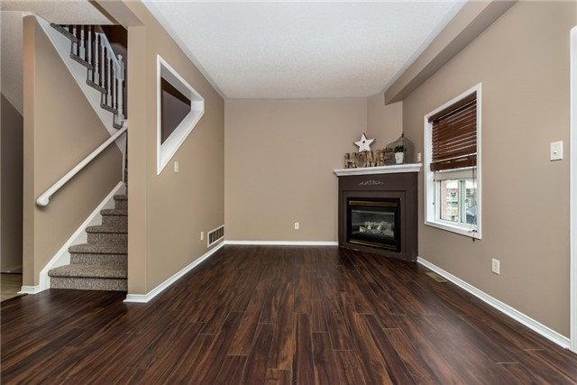 Townhouse at 98 Bruce Cres, Barrie, Ontario. Image 19