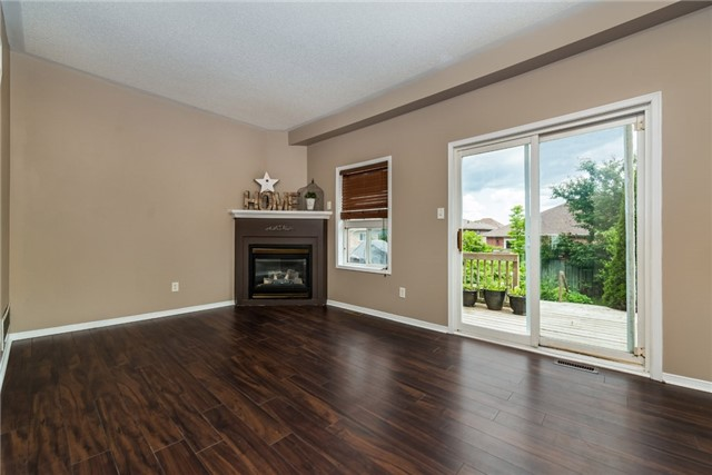 Townhouse at 98 Bruce Cres, Barrie, Ontario. Image 20