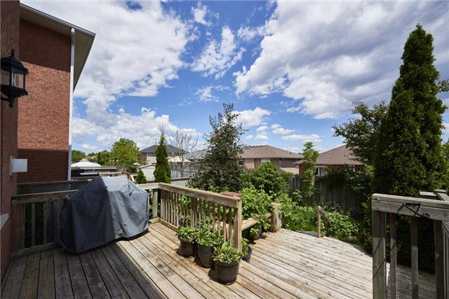 Townhouse at 98 Bruce Cres, Barrie, Ontario. Image 4