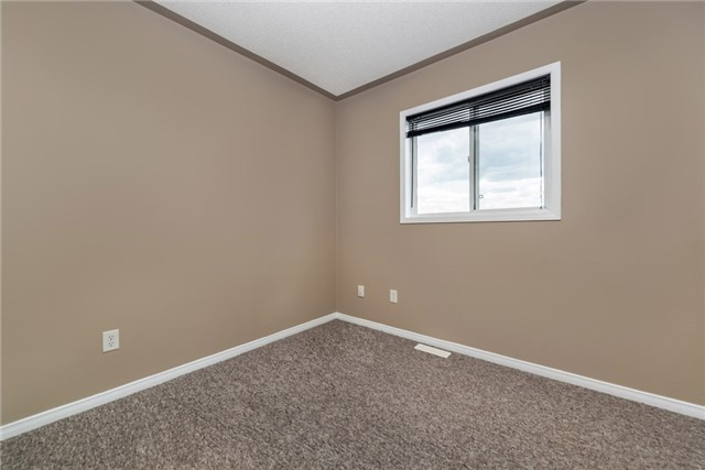 Townhouse at 98 Bruce Cres, Barrie, Ontario. Image 8