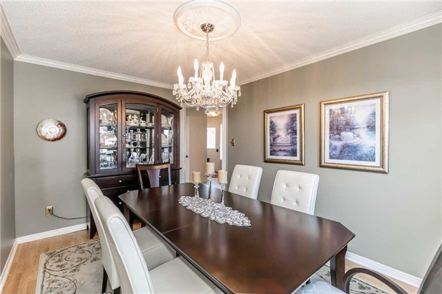 Detached at 45 Shakespeare Cres, Barrie, Ontario. Image 16