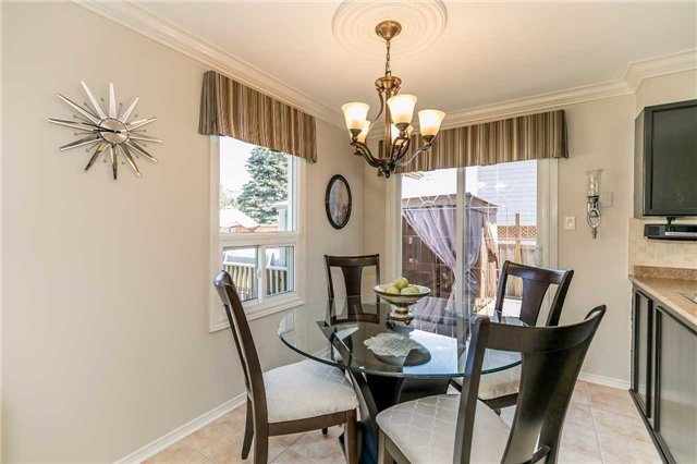 Detached at 45 Shakespeare Cres, Barrie, Ontario. Image 2