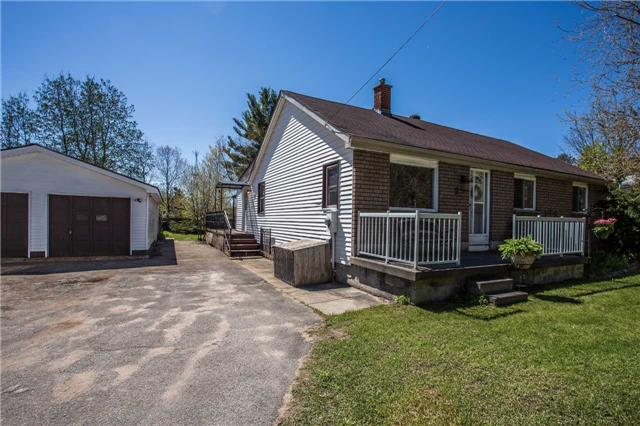 Detached at 1025 Snow Valley Rd, Springwater, Ontario. Image 9
