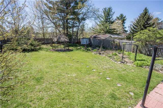 Detached at 1025 Snow Valley Rd, Springwater, Ontario. Image 11
