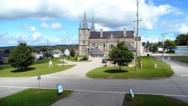 Townhouse at 20 Owen St, Penetanguishene, Ontario. Image 6