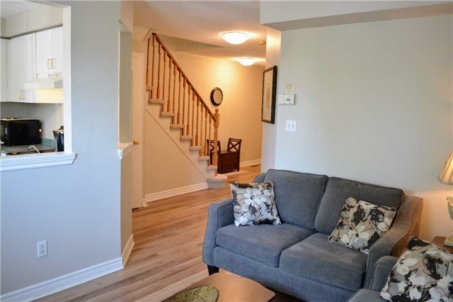 Townhouse at 31 Brucker Rd, Barrie, Ontario. Image 15