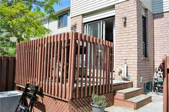 Townhouse at 31 Brucker Rd, Barrie, Ontario. Image 13