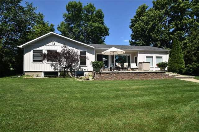 Detached at 25 Grandview Cres, Oro-Medonte, Ontario. Image 12