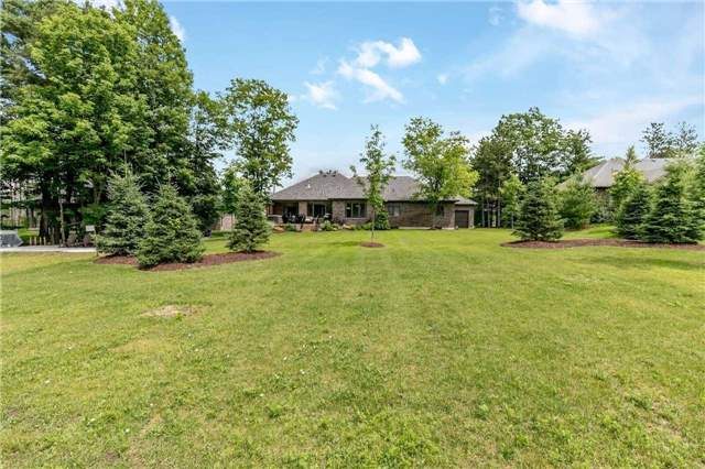 Detached at 18 Roy Hickling Dr, Springwater, Ontario. Image 10