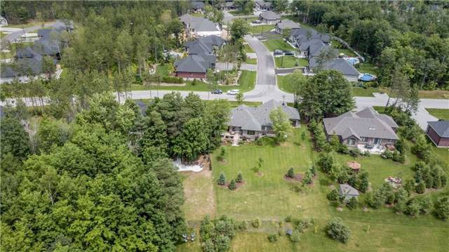 Detached at 18 Roy Hickling Dr, Springwater, Ontario. Image 11