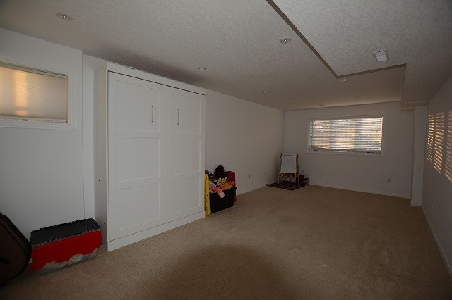 Detached at 155 Hanmer St, Barrie, Ontario. Image 7