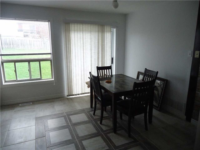 Detached at 1 Logan Crt, Barrie, Ontario. Image 14
