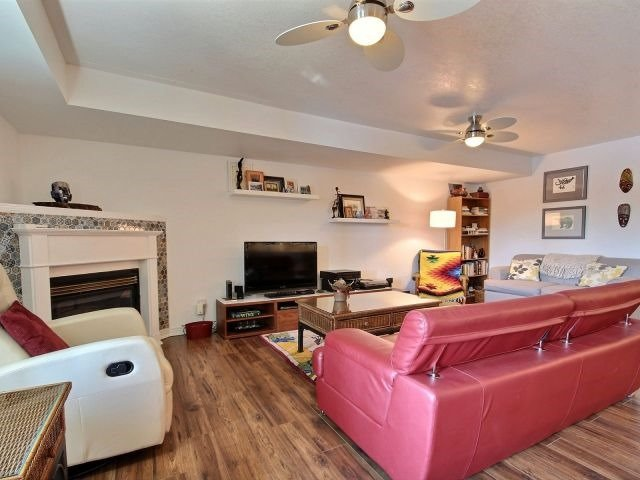 Condo Apartment at 194 River Rd E, Unit 1B, Wasaga Beach, Ontario. Image 2
