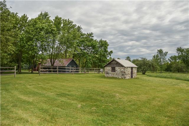 Rural Residence at 309 Medonte Sideroad 2 Sdrd, Oro-Medonte, Ontario. Image 4