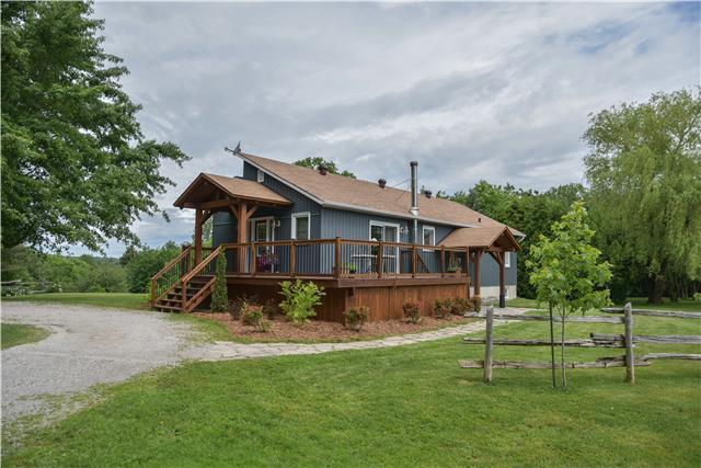 Rural Residence at 309 Medonte Sideroad 2 Sdrd, Oro-Medonte, Ontario. Image 5