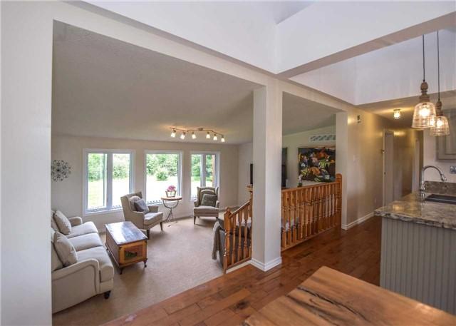Rural Residence at 309 Medonte Sideroad 2 Sdrd, Oro-Medonte, Ontario. Image 10