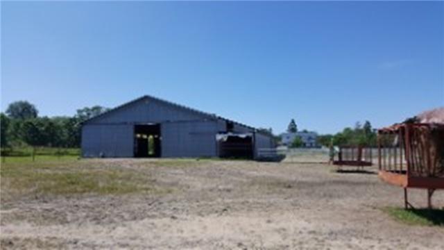 Farm at 1267 Upper Big Chute Rd, Severn, Ontario. Image 19