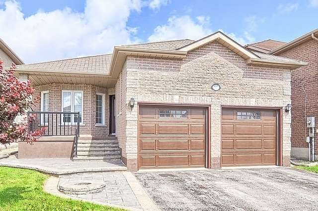 Detached at 147 Raymond Cres, Barrie, Ontario. Image 1