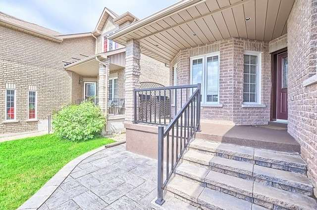 Detached at 147 Raymond Cres, Barrie, Ontario. Image 14