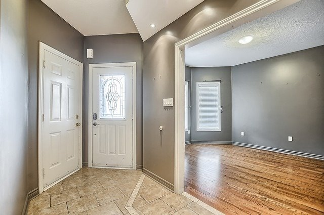 Detached at 147 Raymond Cres, Barrie, Ontario. Image 15