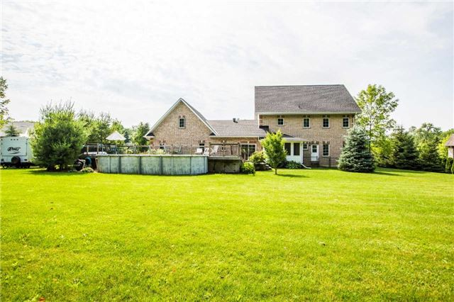 Detached at 24 Red Oak Cres, Oro-Medonte, Ontario. Image 8