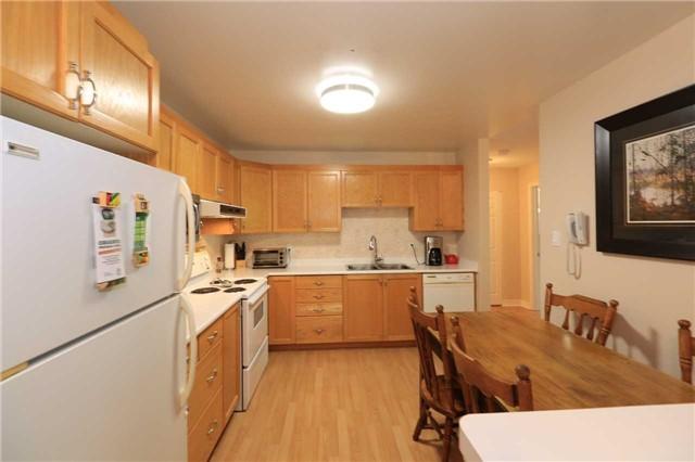 Condo Apartment at 166 Owen St, Unit 104, Barrie, Ontario. Image 16