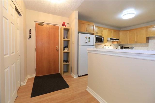 Condo Apartment at 166 Owen St, Unit 104, Barrie, Ontario. Image 17
