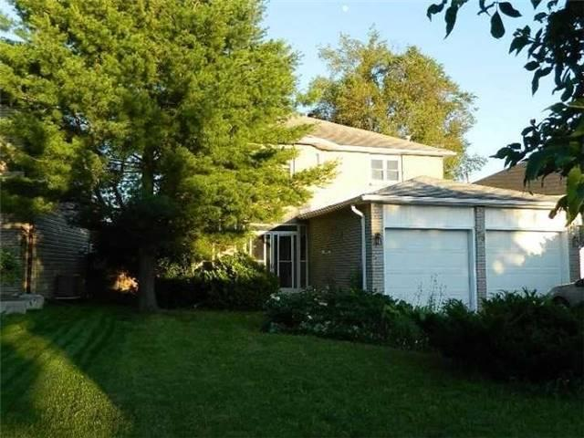 Detached at 59 Shakespeare Cres, Barrie, Ontario. Image 12