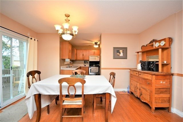 Detached at 59 Shakespeare Cres, Barrie, Ontario. Image 18
