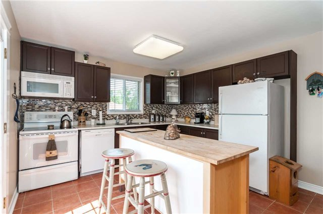 Detached at 287 Cox Mill Rd, Barrie, Ontario. Image 20