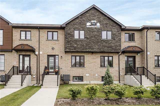 Condo Townhouse at 41 Madelaine Dr, Unit 3, Barrie, Ontario. Image 1