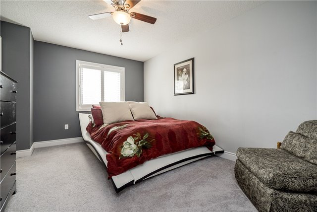 Condo Townhouse at 41 Madelaine Dr, Unit 3, Barrie, Ontario. Image 11
