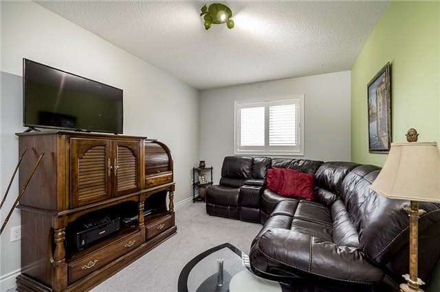 Condo Townhouse at 41 Madelaine Dr, Unit 3, Barrie, Ontario. Image 13