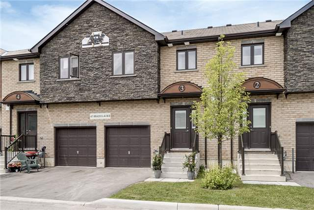 Condo Townhouse at 41 Madelaine Dr, Unit 3, Barrie, Ontario. Image 4