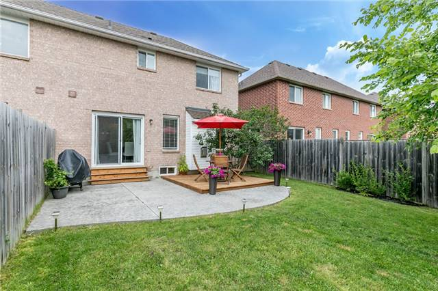 Semi-detached at 35 Epsom Rd, Barrie, Ontario. Image 14