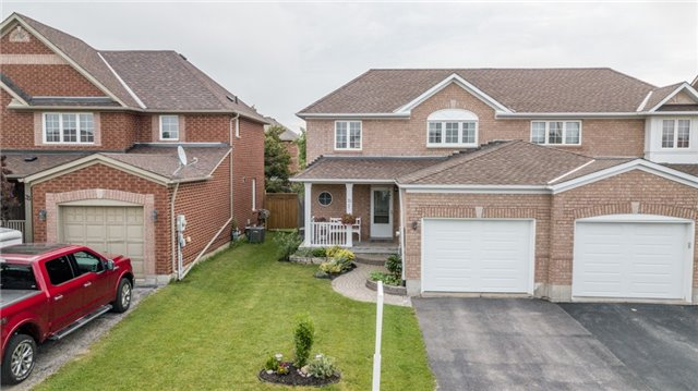 Semi-detached at 35 Epsom Rd, Barrie, Ontario. Image 13