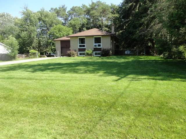 Detached at 27 Shelswell Blvd, Oro-Medonte, Ontario. Image 11