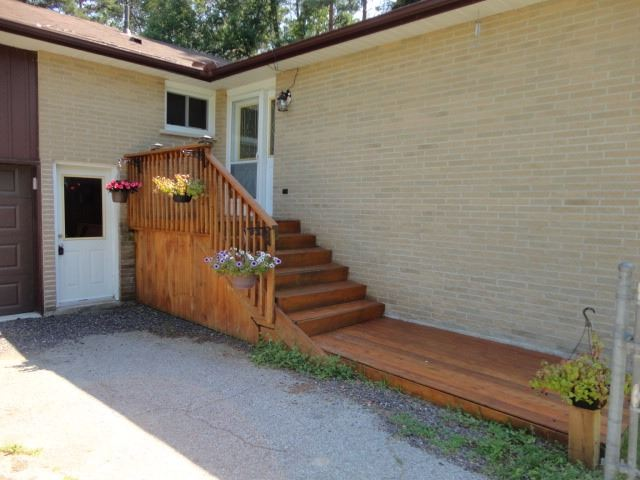 Detached at 27 Shelswell Blvd, Oro-Medonte, Ontario. Image 12