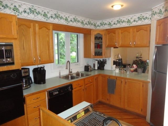 Detached at 27 Shelswell Blvd, Oro-Medonte, Ontario. Image 15