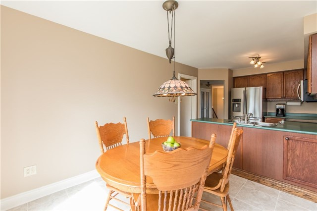 Detached at 21 Gore Dr, Barrie, Ontario. Image 19