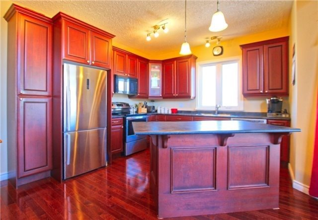 Detached at 6 Butternut Cres, Wasaga Beach, Ontario. Image 5