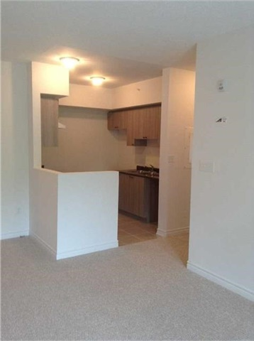 Condo Apartment at 7 Greenwich St, Unit 308, Barrie, Ontario. Image 16