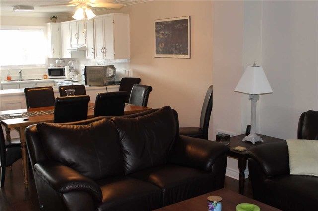 Condo Townhouse at 39 28th St S, Unit 1, Wasaga Beach, Ontario. Image 4