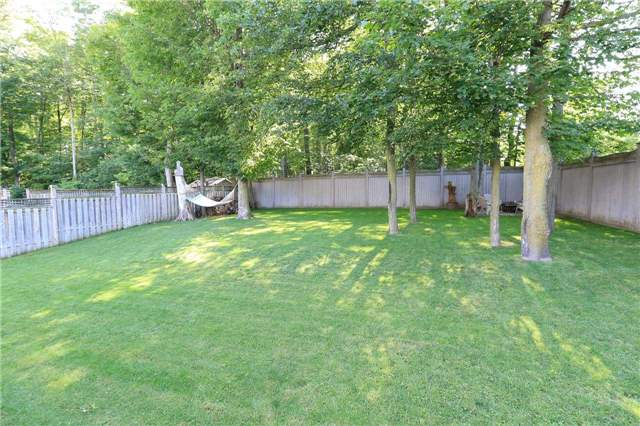Detached at 2 Thrushwood Dr, Barrie, Ontario. Image 11