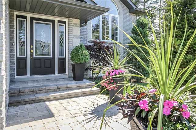 Detached at 3 Capps Dr, Barrie, Ontario. Image 12